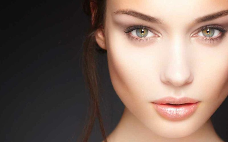 5 Reasons to be a Cosmetic Model